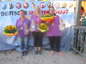 Team NiSa 01 Daniela Volpini, Birgit Schüler und Lea Mitschker